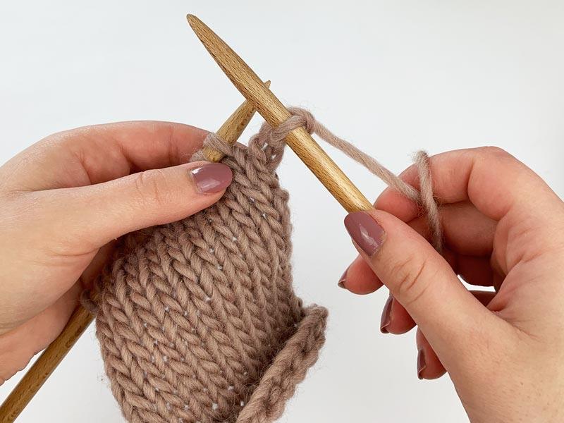 The Knit Stitch Step 4