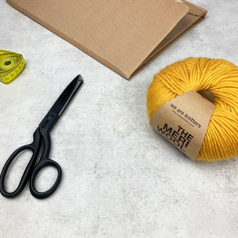 Was du für deine DIY Quasten aus Wolle beötigst